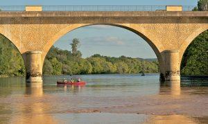 Faire du canoë en Dordogne